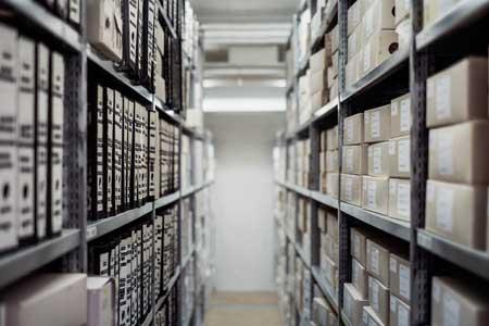 Un archivio simboleggia la necessità di mettere ordine