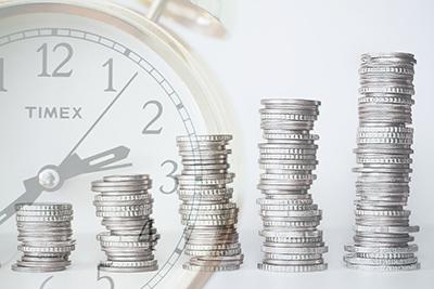 Orologio e soldi che aumentano